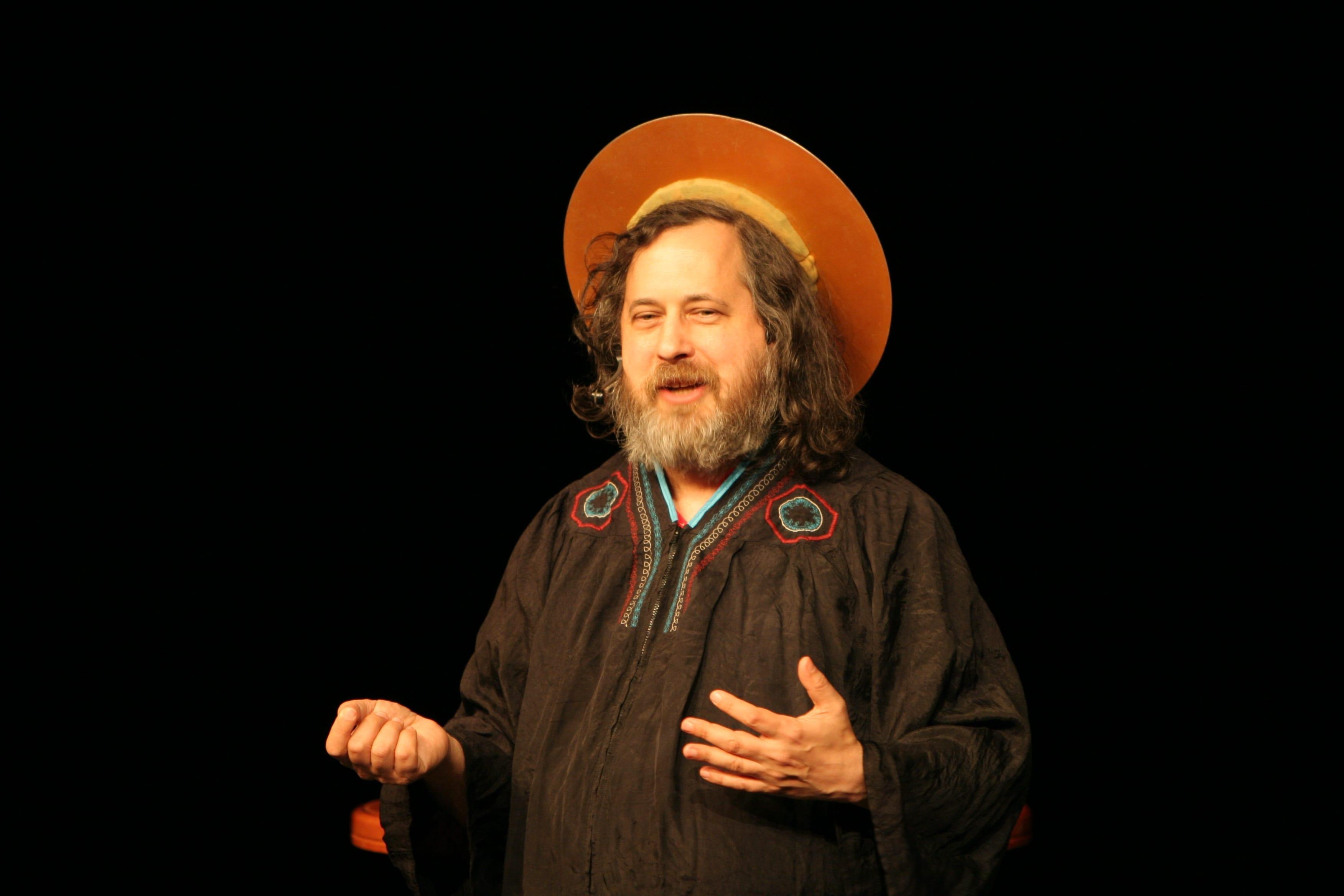Ричард Столлман - основатель движения свободного ПО, проекта GNU.