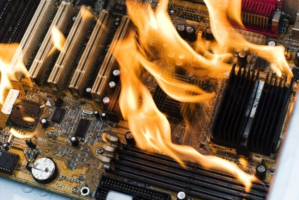 computer-fire